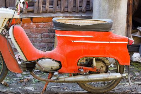 古いバイク、生産年 1970 年生産チェコ共和国, ヨーロッパ 報道画像