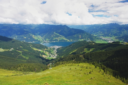 zell am see: View of the town Zell am See and Lake Zell, Austria