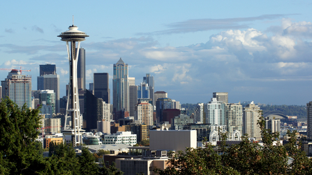 seahawks: Seattle horizonte de la ciudad y el monte Rainier, Washington.