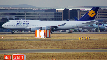 boeing 747: FRANKFURT, GERMANY - FEB 28th, 2015: The Lufthansa Boeing 747 - MSN 28285 - D-ABVR, named Cologne going to take off at Frankfurt International Airport FRA. The famous and powerfull aircraft nicknamed as Jumbo has first flight in 1969. The type largest ope Editoriali