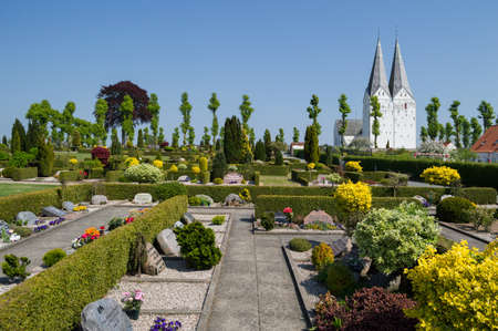 Church and Cemetery in a Small Countryside Town in Denmark Banque d'images