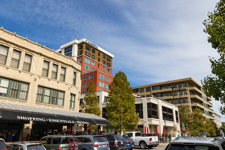 ASHEVILLE, NC, USA-10/17/18: View of the Grove Arcade, Cambria Hotel, and 21 Battery Park Condos and Lofts. Stock Photo - 110321173