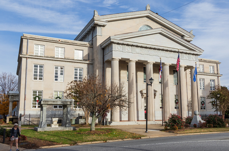 LINCOLNTON, NC, USA-112518: Lincoln County Courthouse is a an historic building, built in 1921, in Classical Revival style. Editöryel