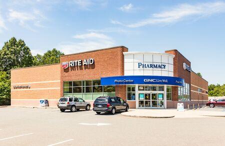 SHELBY, NC, USA-9 AUGUST 2019:  A Rite-Aid Pharmacy, bulding and parking lot. Redakční