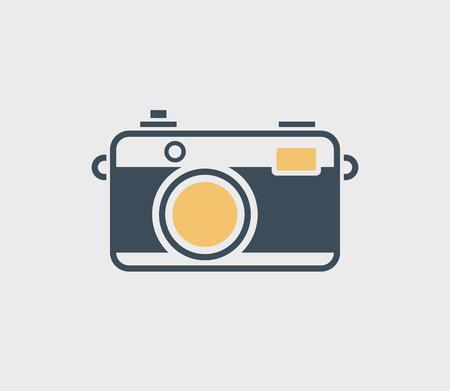 Vintage Kamera-Symbol auf grauem Hintergrund isoliert. Standard-Bild - 82926666