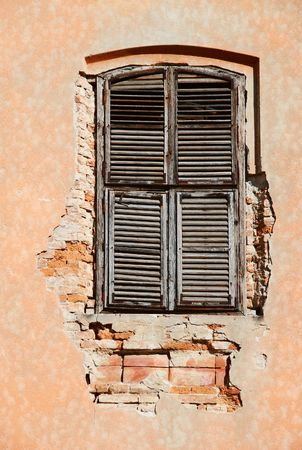 Old vintage unattained  window on ruined facade Stock Photo - 3337440