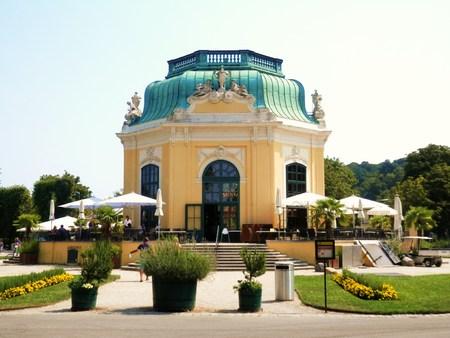 summerhouse: Building Vienna