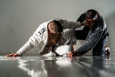 Brazilain Jiu JItsu BJJ Fighters en entraînement épargnant Banque d'images