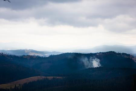 evaporacion: La niebla y la evaporaci�n en las monta�as de los C�rpatos