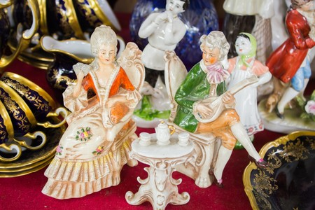 Porcelain figurines of men and women of the Baroque