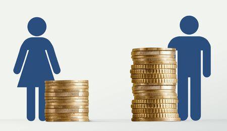 Écart de rémunération entre les sexes, signes masculins et féminins près de différentes piles de pièces, l'homme obtient un salaire plus élevé, panorama, espace libre