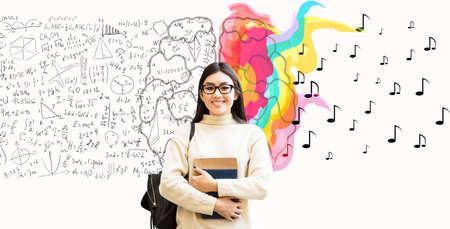 脑力劳动,创造力Vs逻辑。亚洲学生女孩拿着书在白色背景下摆姿势。拼贴画