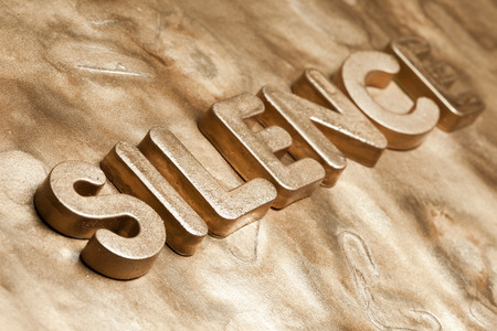 sucess: Silence Gold Letters, Golden Silence 3d Text