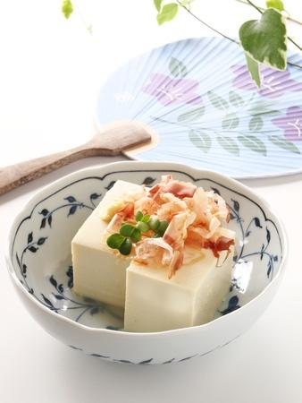 冷や奴はダイエットのために良い日本の豆腐のヘルシー料理