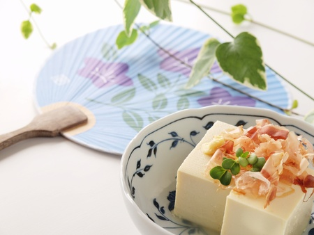 deliciously: hiyayakko the japanese healthy tofu dish that is good for diet