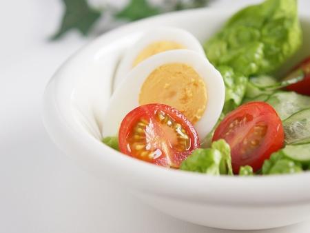 heathy breakfast salad