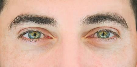 Occhi verdi.