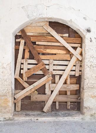 crumbling: Crumbling door.