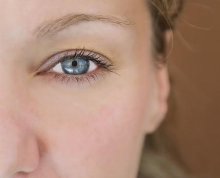 intense: Closeup shot of the womaneye.
