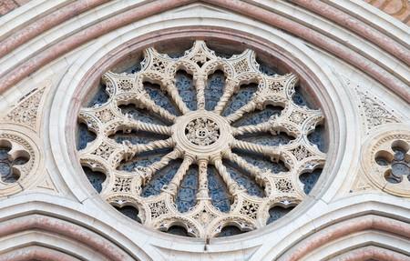 francesco: Rose window. St. Francesco Basilica. Assisi. Umbria.