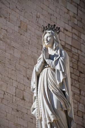 Statua della Madonna. Archivio Fotografico