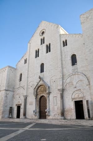 wood panelled: Basilica of Saint Nicholas. Bari. Apulia.