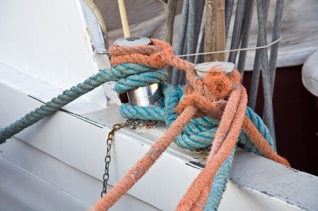 sturdy: Knots on the boat.