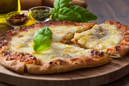 neapolitan: Homemade pizza.