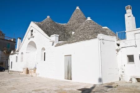 sovereign: Sovereign trullo  Alberobello  Puglia  Italy