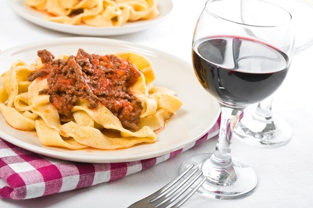 Tagliatelle with Bolognese Sauce Imagens - 12762408