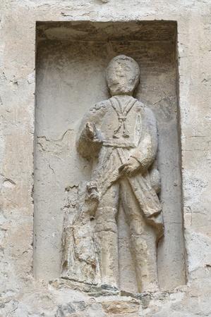 oratoria: M�rmol Oratorio estatua de Vigoleno Emilia-Romagna Italia