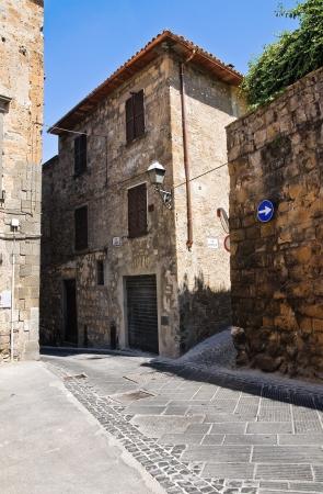 Alleyway. Orvieto. Umbria. Italy. Stock Photo - 16921402