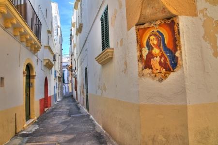 urbanistic: Alleyway. Gallipoli. Puglia. Italy.
