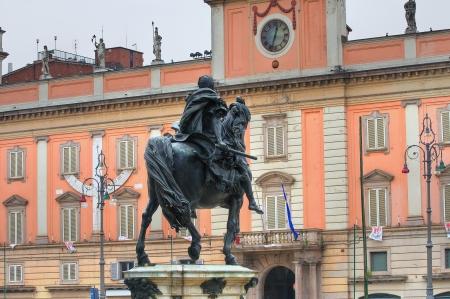 Bronze statue  Piacenza  Emilia-Romagna  Italy Imagens - 17655181