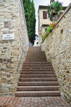 bevagna: Alleyway  Bevagna  Umbria  Italy