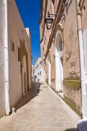 Alleyway. Castellaneta. Puglia. Italy. Stock Photo - 19159642