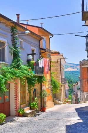 daunia: Alleyway. Roseto Valfortore. Puglia. Italy.