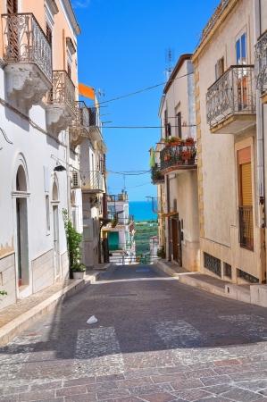 daunia: Alleyway. Mattinata. Puglia. Italy.