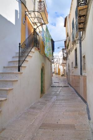 Alleyway. Ischitella. Puglia. Italy.  Stock Photo