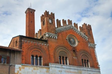 gotico: Palacio G�tico. Piacenza. Emilia-Roma�a. Italia.