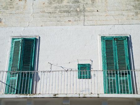 monopolies: Abandoned house.