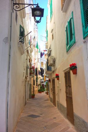 Alleyway. Monopoli. Puglia. Italy. Stock Photo