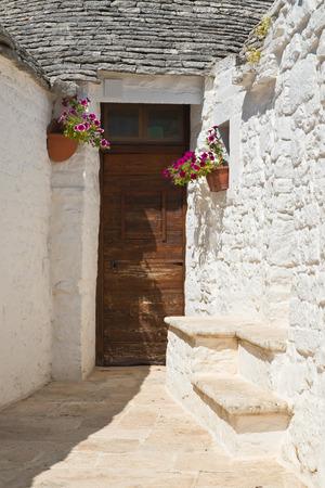 antique vase: Trulli houses. Alberobello. Puglia. Italy.  Stock Photo