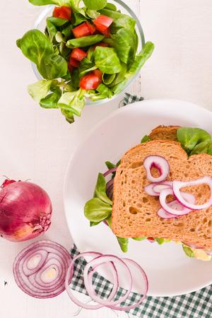 vegetarian hamburger: Veggie toast with avocado.