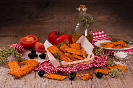 Tomato crackers.