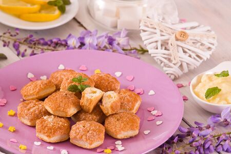Puff pastries with custrad cream.