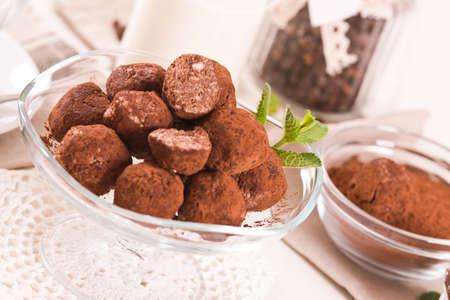 Chocolate truffles. Imagens