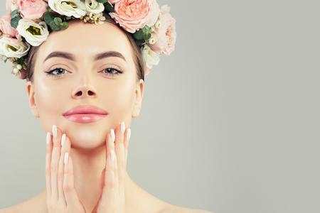 Pretty face. Healthy woman spa model with clear skin Reklamní fotografie - 124893970