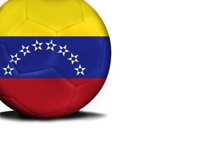 La bandera de Venezuela fue representada en el balón, la pelota está aislada sobre un fondo blanco con espacio para el texto. Foto de archivo