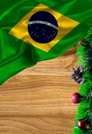 テキストや画像の copyspace とグランジのカラフルな旗のブラジル。クリスマスと新年おめでとうございます。 写真素材